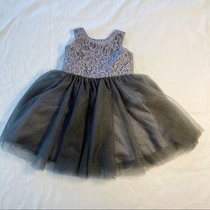 Gray formal dress w/Tulle and lace